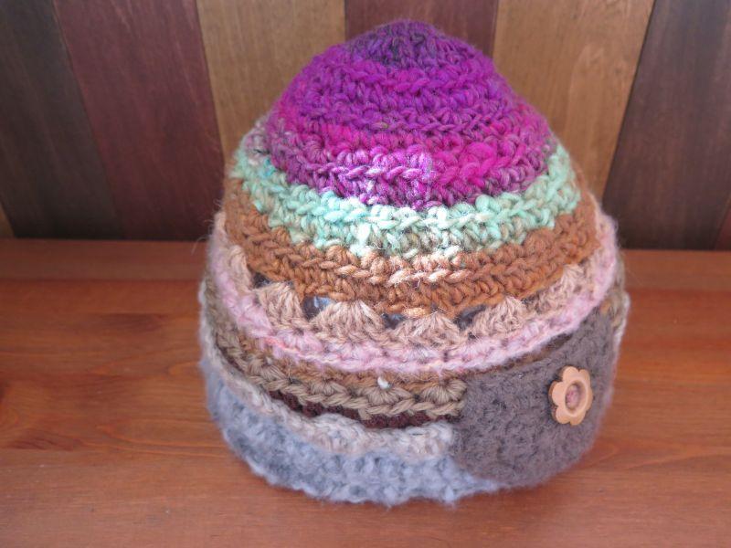 画像2: お花ボタンのあったかニット帽